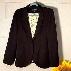Black Rainn Medium Black Blazer